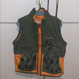 Columbia boy's fleece lined vest